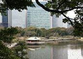 Hamarikyu Japanese Garden in Tokyo